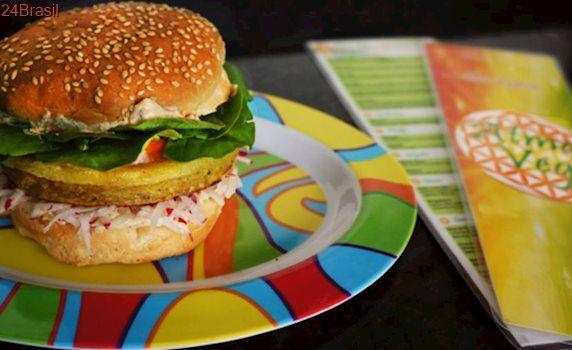 Primeiro fast food vegano do Brasil está em novo endereço em Taubaté