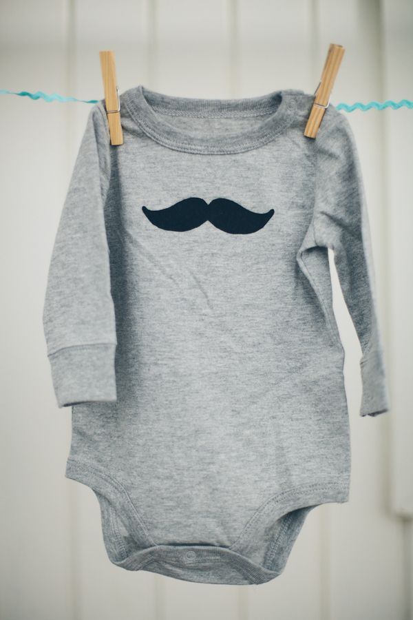 Mustache Baby Shower  |  sienna rose photography Ahhh So sweet!