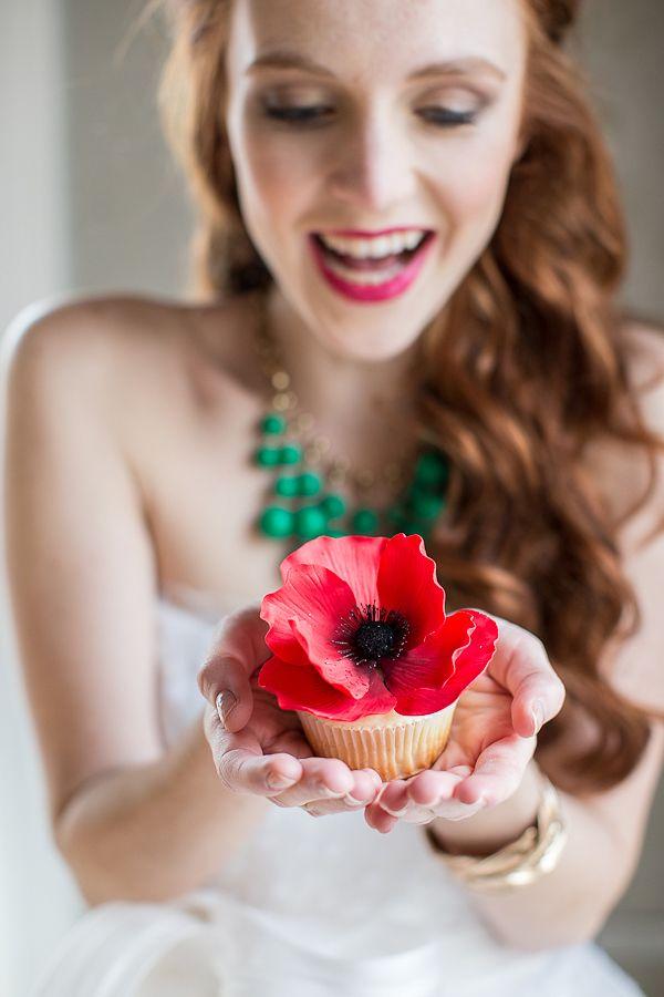 Sugar anemone cupcakes. for wedding