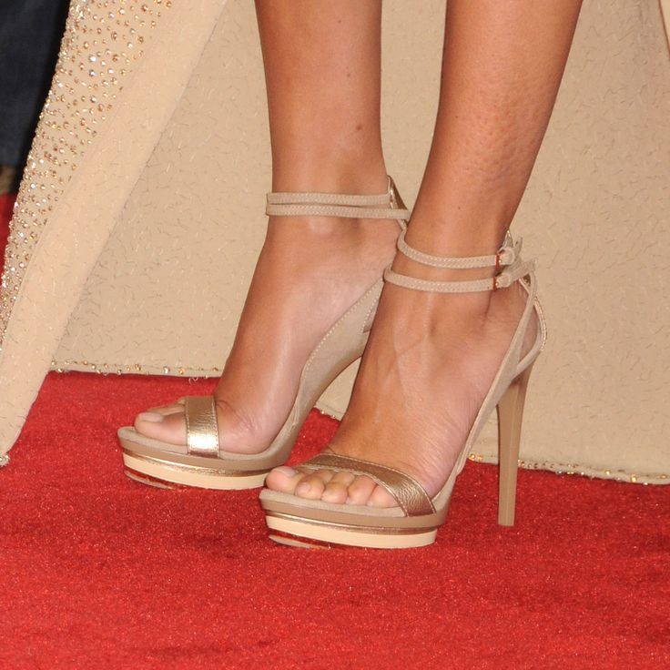 Penélope Cruz's Feet << wikiFeet