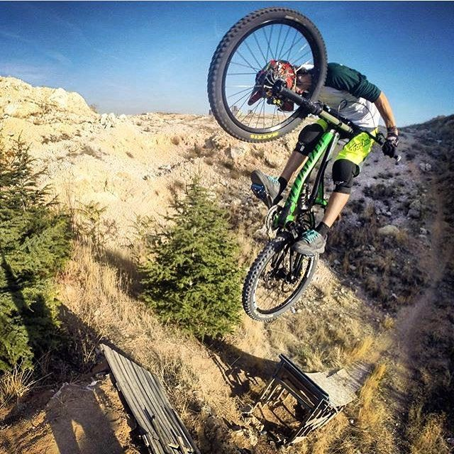 Insane jump by @burakns with his specialized demo. Cheers mate! #downhilladiction