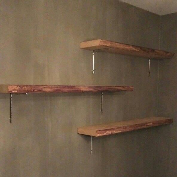 17 beste idee n over muur planken op pinterest hoek muur planken wandrek en planken - Muur van de ingang ...