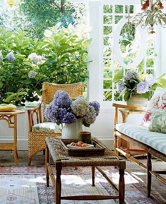 I love the summery look of the hydrangeas plus all the white.