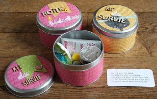What the scrap ?: kit de survie et boite à bidules en kesiart cadeau maitresses atsem