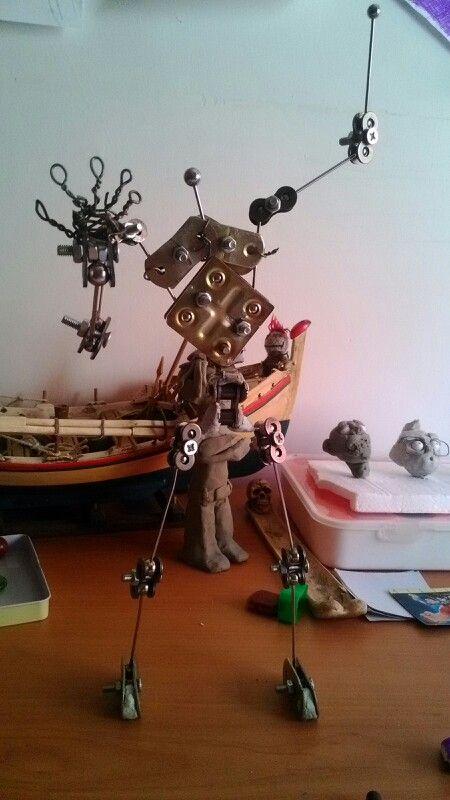 Stop motion armature base