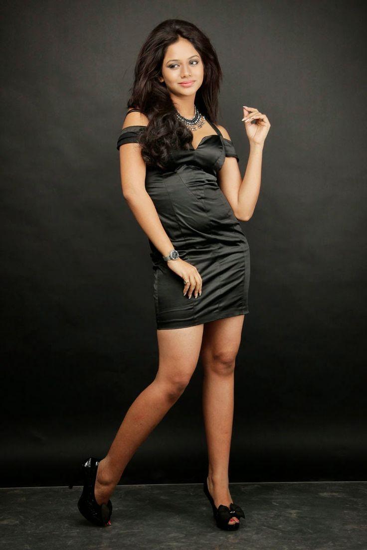 Tamil Hot Actress Aishwarya Dutt Spicy Pics | Actress Images - Heroines Photos - www.movieactresshub.com