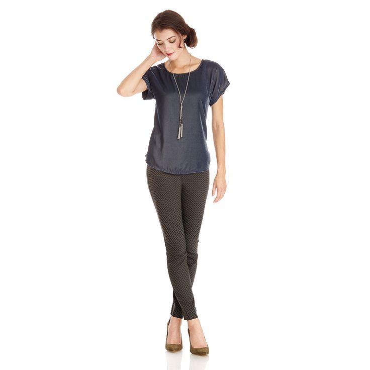 Holiday Style: How to Dress Up Your Emers- I especially love this top with that type of necklace!