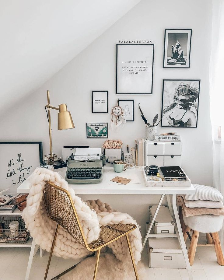 What's a home office without a gallery wall. Zimmer