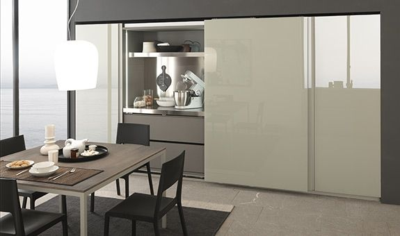 Sliding door for full Pantry Particolare cucina Twenty