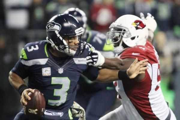 The Arizona Cardinals re-signed defensive tackle Frostee Rucker to a one-year contract on Friday.