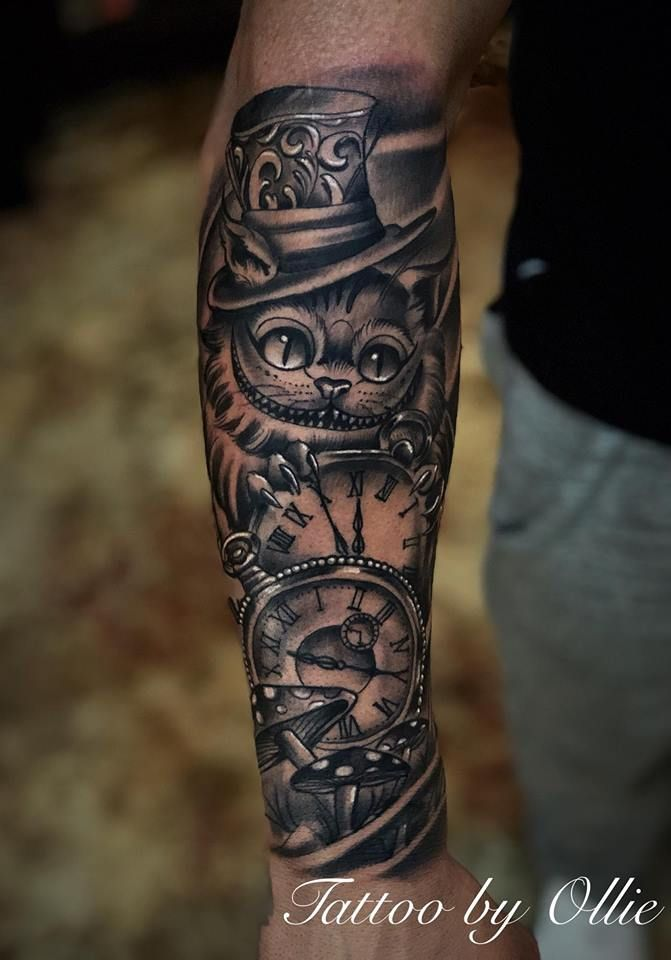 Trendiest Clock Tattoos Designs On Men's Forearm