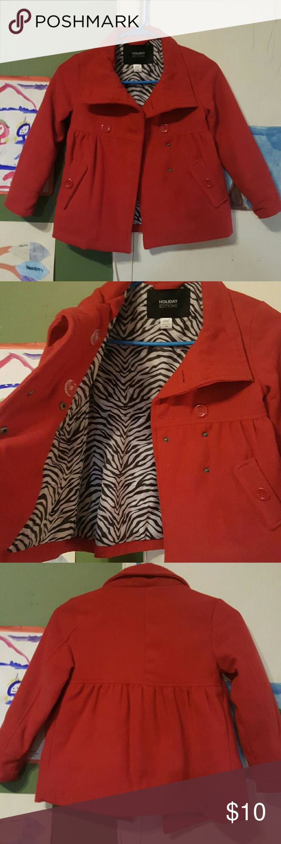 Girls peacoat Girls flared peacoat. Has a rip on the right shoulder that I had to sew. Jackets & Coats Pea Coats