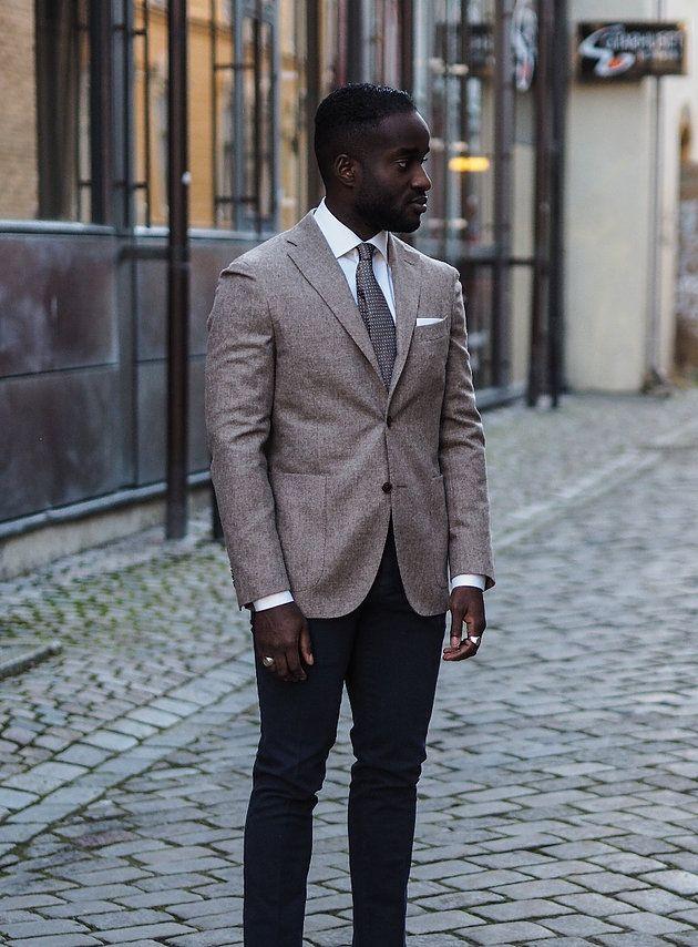 Wearing: Blazer: Boglioli, shirt and tie: Eton shirts, pants: PT01, rings: Double U Frenk & Tom Wood