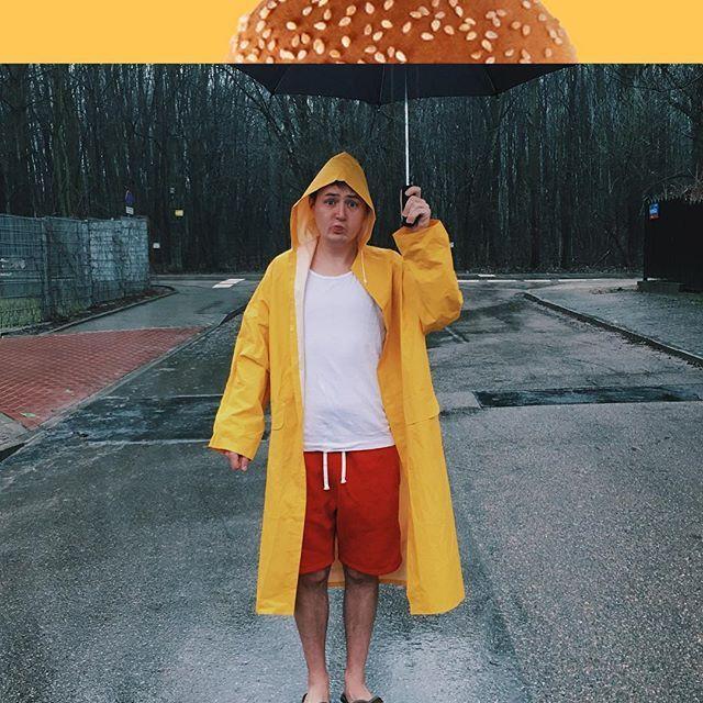Nie straszny mi deszcz z burgerowym parasolem. Teraz kolej na Was - wchodźcie na www.mamsmakanamaka.mcdonalds.pl róbcie własne kolaże i bierzcie udział w konkursie gdzie można wygrywać smartphony ;) @mamsmakanamaka #mamsmakanamaka  #konkurs