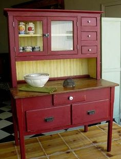 Best 20 americana chalk paint ideas on pinterest for Antiquing kitchen cabinets with chalk paint