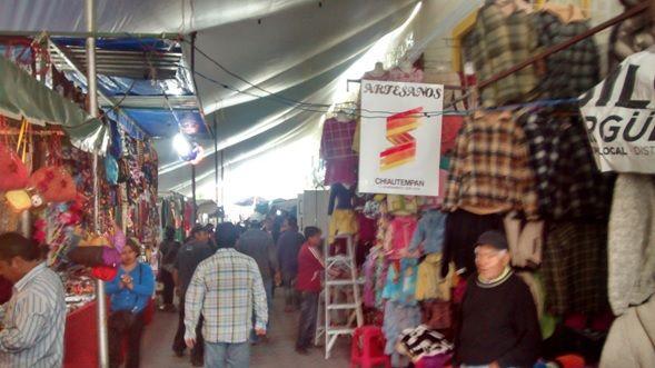 Artesanos de Chiautempan participaron en la feria anual de San Pablo del Monte         Artesanos Chiautempenses participaron con diversidad de productos en la Feria Anual de San Pablo del Monte, la cual se llevó a cabo del 24 al 28 de junio.
