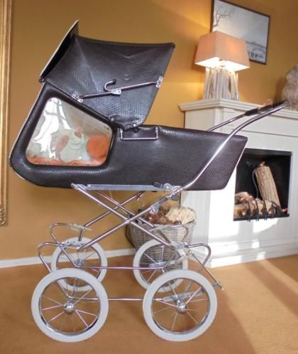 Elegant Retro kinderwagen jaren