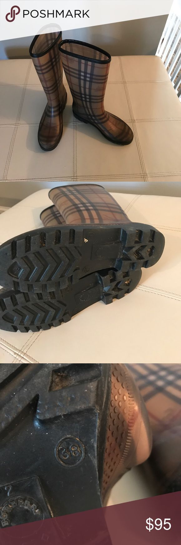 Burberry size 38 rain boot Burberry size 38 rain boot good condition Burberry Shoes Winter & Rain Boots
