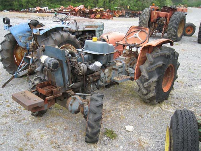 This tractor has been dismantled for Kubota L225DT tractor parts.  #kubota #tractor #parts