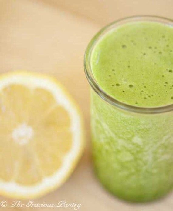 Clean Eating Green Lemon Pineapple Smoothie