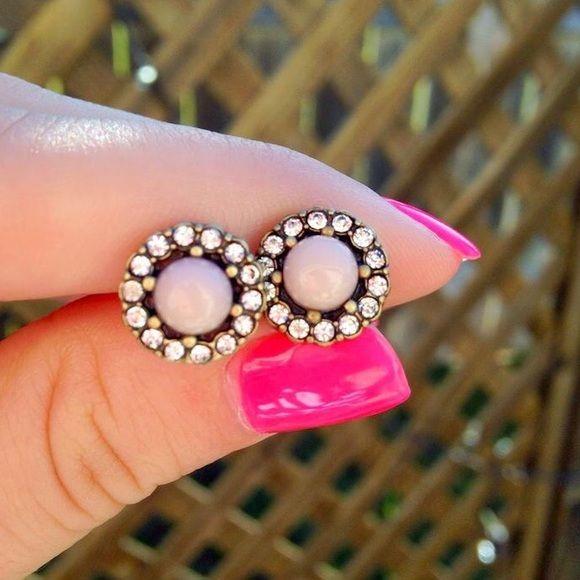 Small stud earrings Cute blush earrings from anthropologie, Anthropologie Jewelry Earrings