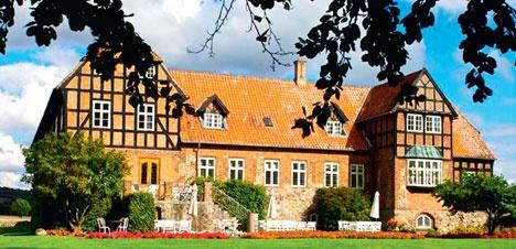 Steensgård Manor