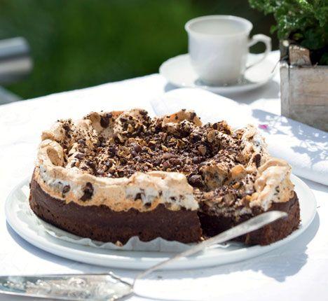 Opskrift på Chokoladekage med marengs fra - Hjemmet