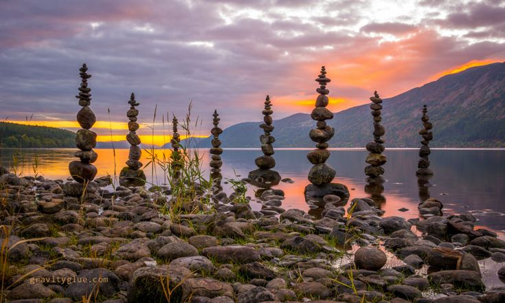 Rock piles become man's meditative art | GrindTV.com So Todd is not the only one who does this!