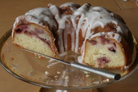 Strawberry Yogurt bundt cake.. I made this for Easter for everyone.. lets just say it didnt last.. BEST Cake I think i've ever had :D