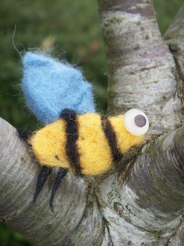 Broche fieltro modelable abeja