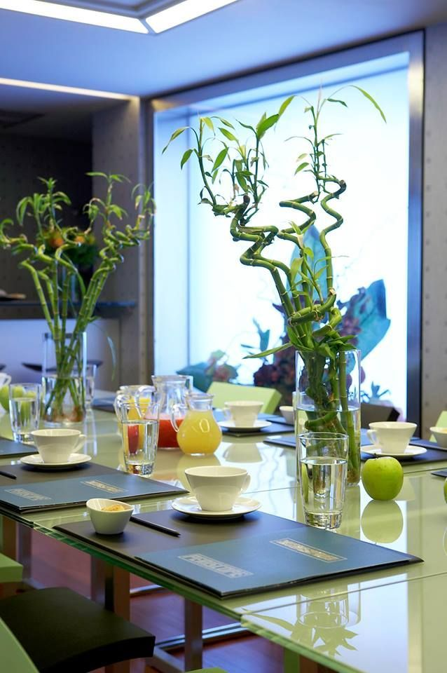 Arrange your business meetings at Periscope Hotel and give them a fancy and modern touch!