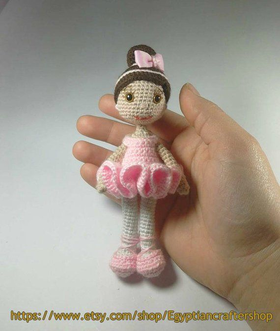 Free Pattern] This Adorable Waldorf Inspired Baby Doll Makes A ... | 673x570