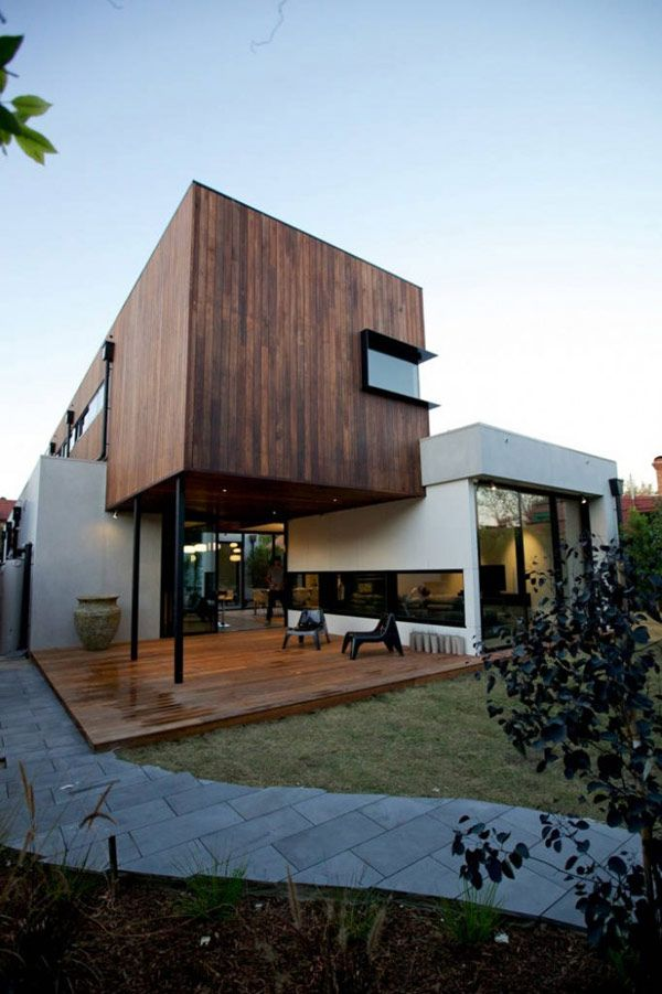 Diverse Family Home In Australia Showcasing An Original Architecture   The  Elwood House Was Designed By