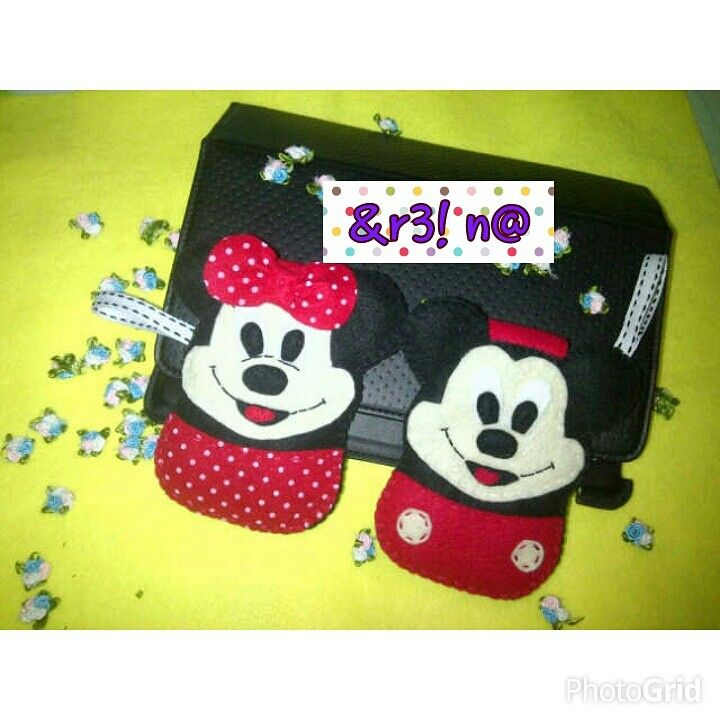 Pouch Hp Mickey n Minnie Mouse