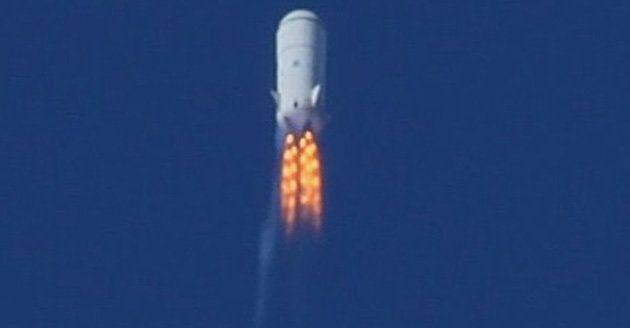 Amazon CEO's spacecraft fails test flight, destroyed mid-air ...