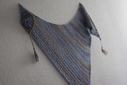Sedimentary er navnet på dette usedvanlig vakre sjalet fra den tyske strikkedesigneren, Susan Gutperl aka Sooza, som er Woolspires nye gjesteblogger. Som navnet tilsier er sjalet inspirert av sedimentære bergarter – hvis vakre mønster gir et fascinerende innblik i den spennende geologiske historien til planeten vår. Sjalets myke og delikate fargeoverganger er ment å symbolisere…