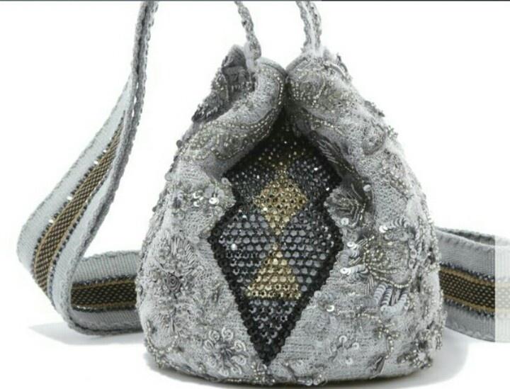 Mochilas wayuu con cristales swaroski
