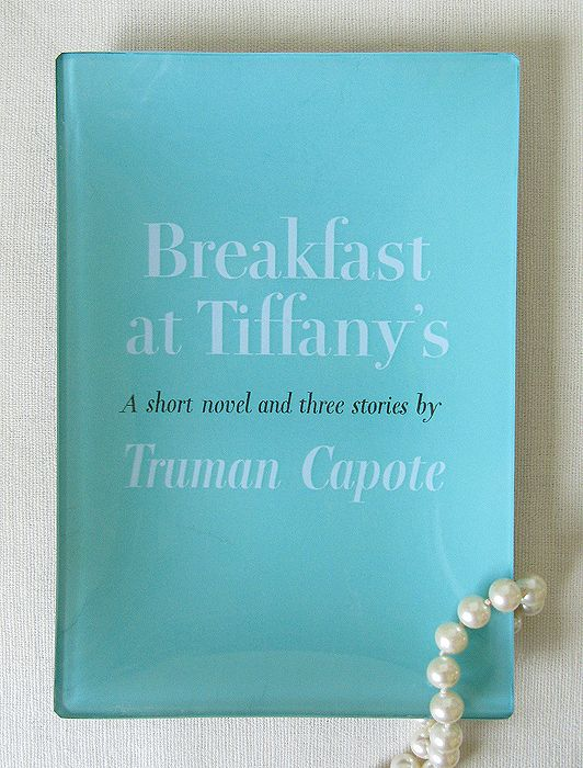 Breakfast at Tiffany's decoupage tray from the PHB collection