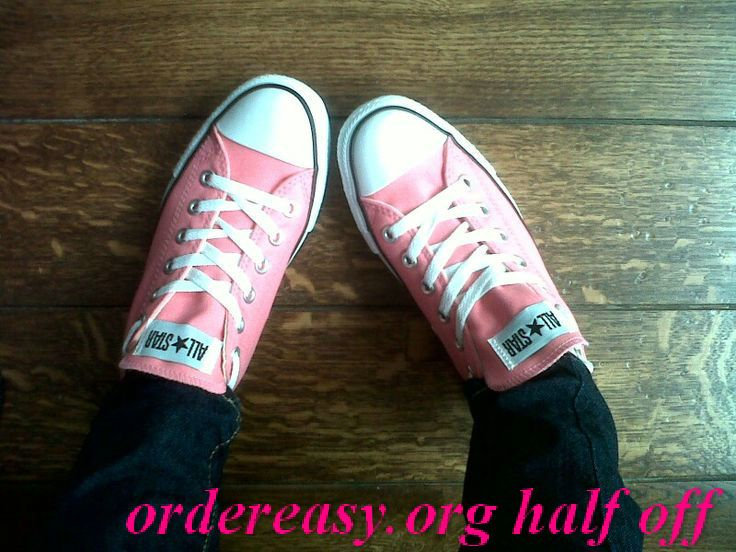 Pink Converse outfit and need a pink purse tho!     Fashion pink #converses #sneakers summer 2014