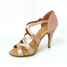 Chaussures de danse - Femmes Satin Talons Sandales Latin Chaussures de danse http://fr.dressfirst.com/Femmes-Satin-Talons-Sandales-Latin-Chaussures-De-Danse-053026459-g26459
