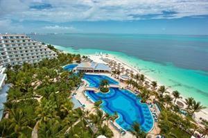 Mexico Yucatan Cancun  RIU Caribe ligt direct aan de levendige boulevard Kukulkán dé rode draad van de hotelzone in Cancun. Logeer in fris ingerichte kamers en geniet van de uitgebreide All Inclusive formule. De groene...  EUR 1278.00  Meer informatie  #vakantie http://vakantienaar.eu - http://facebook.com/vakantienaar.eu - https://start.me/p/VRobeo/vakantie-pagina