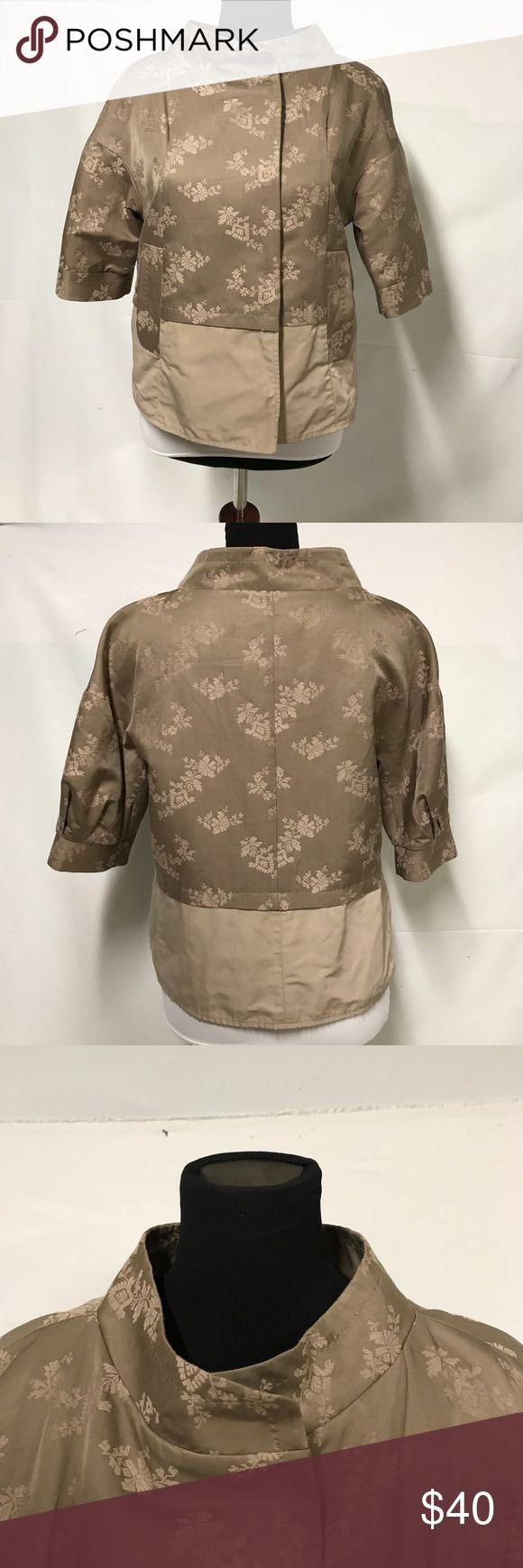 BCBG MAXAZRIA taupe cotton/silk blend jacket Short sleeve, snap closure, funnel neck. Cool look. BCBGMaxAzria Jackets & Coats