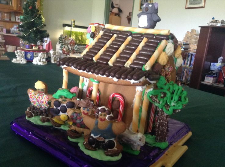 Aussie Gingerbread house for Christmas