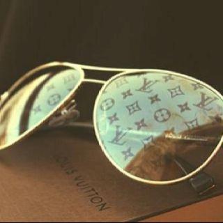 Louis Vuitton Aviator Sunglasses With Monogram Lens If