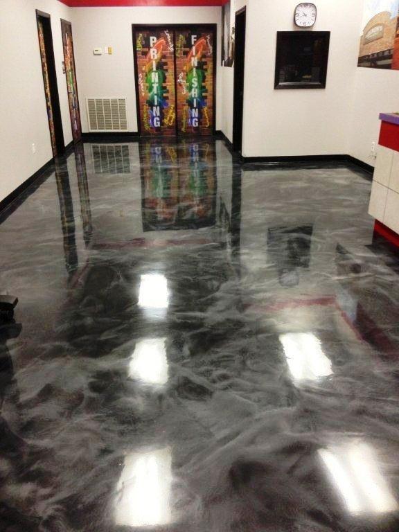 Auf Diese 21 Magischen Boden Fallt Man Leicht Rein Bei Nr 12 Glaubt Man Sogar Reinzufallen Haus Boden Polierter Beton Haus