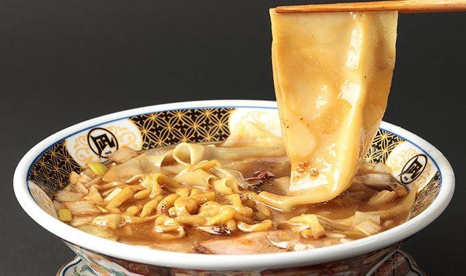 新宿・歌舞伎町 : 『すごい煮干ラーメン凪』煮干しラーメン