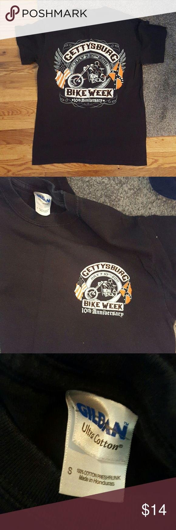 Gettysburg Bike week 10yr anniversary tee. Men's small. Black. Big decal is on the back. Tops Tees - Short Sleeve