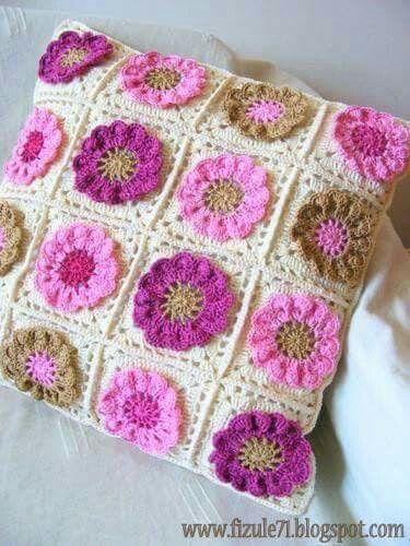 159 mejores im genes sobre almohadones crochet en - Cuadraditos de crochet ...