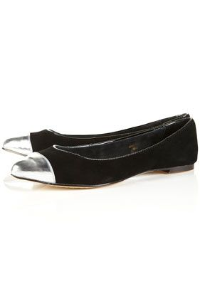 Toecap Point, Fun Fashion, Point Shoes, Shoes Fit, Entertainment Inspiration, Fashion Time, Magpie2 Toecap