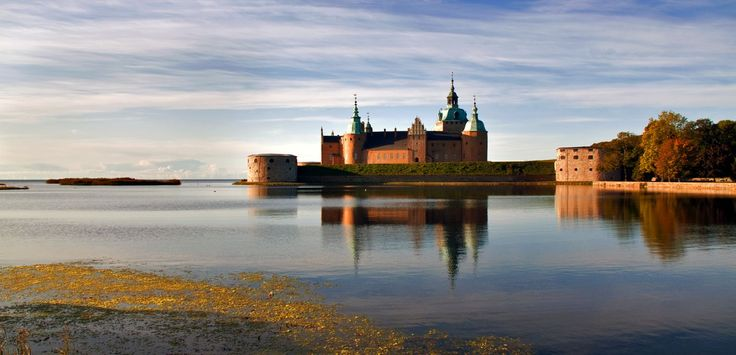 12 Magnificent Castles You Wouldn't Expect To See When Visiting Sweden - Hand…